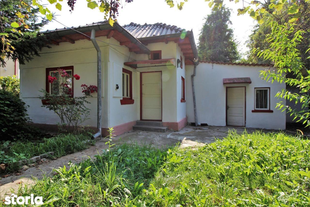 Casa de vanzare, Argeș (judet), Strada Victoriei - Foto 1