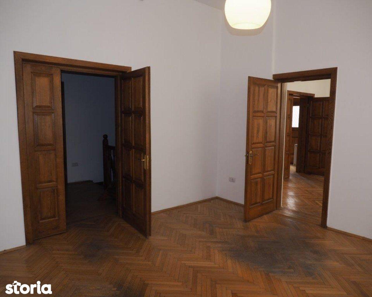 Casa de inchiriat, București (judet), Strada Dimitrie Racoviță - Foto 2