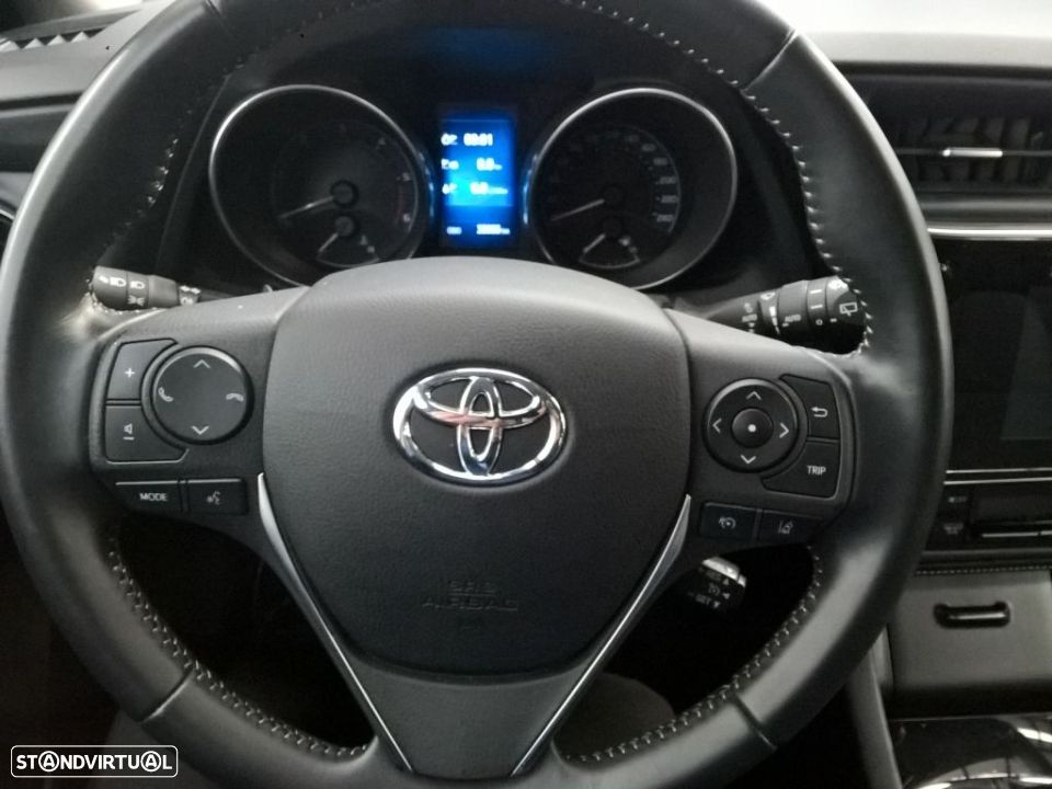Toyota Auris Touring Sports 1.4D Comfort Pack Techno Pack Sport TS - 13