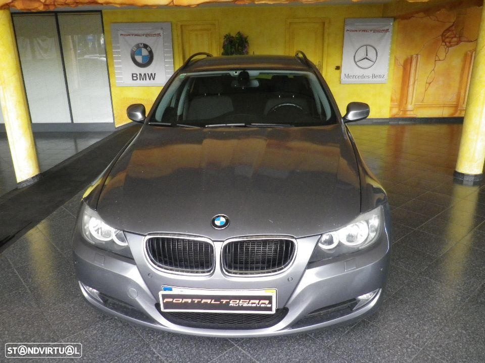 BMW 320 D TOURING T. PANORAMICO - 1