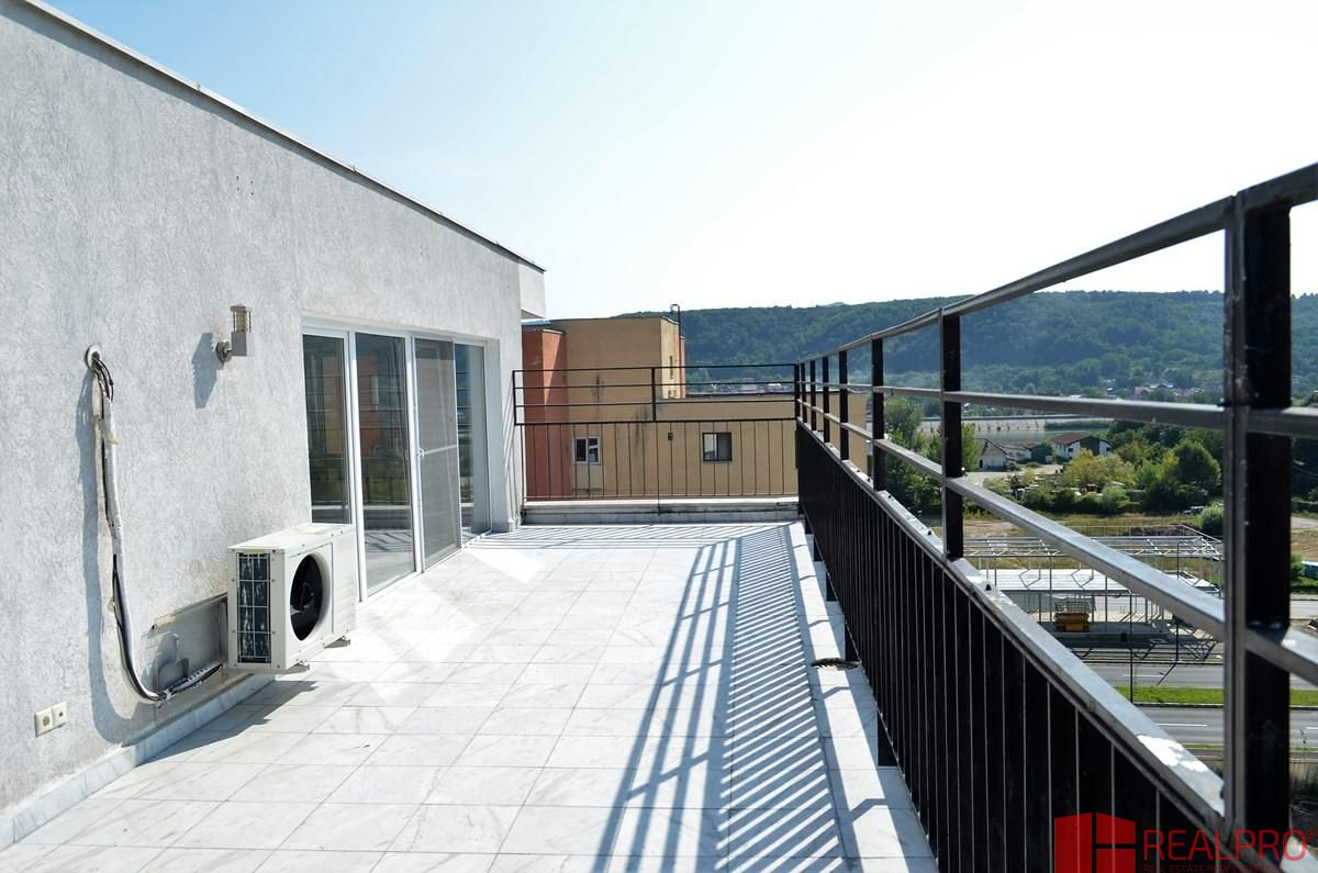 Apartament de vanzare, Vâlcea (judet), Strada Eroilor - Foto 10