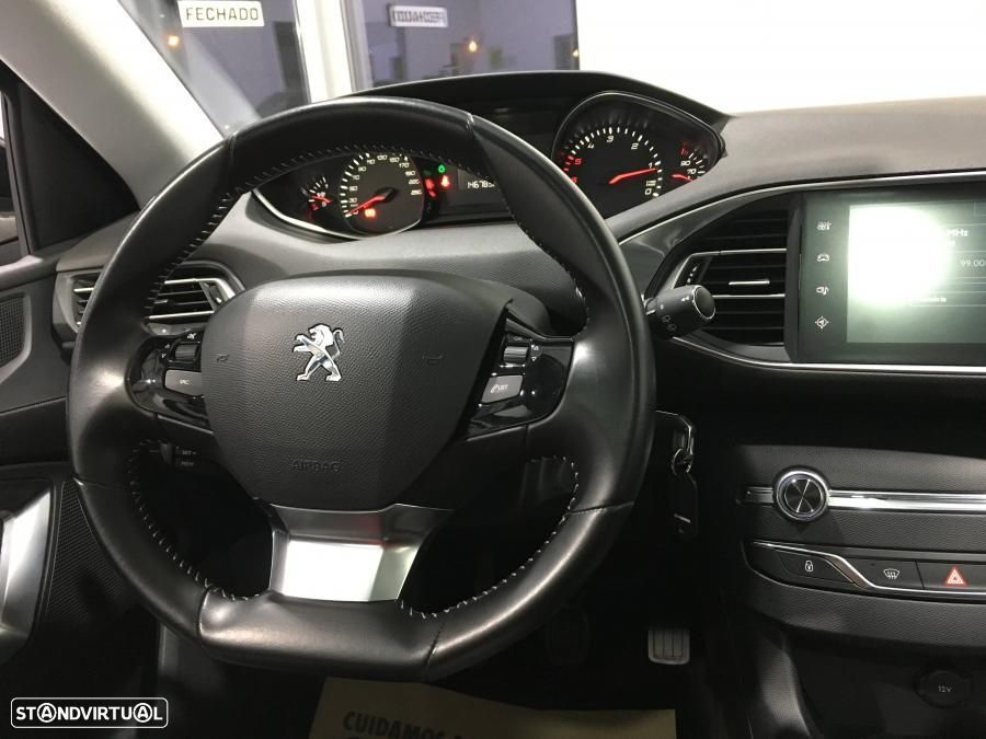 Peugeot 308 SW 1.6 HDI Business Pack GPS 120cv - 35