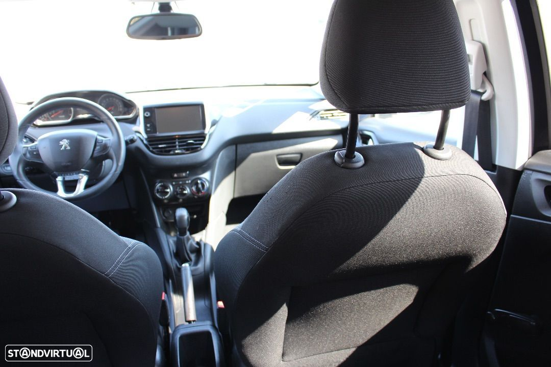 Peugeot 208 1.4 HDi Active - 3