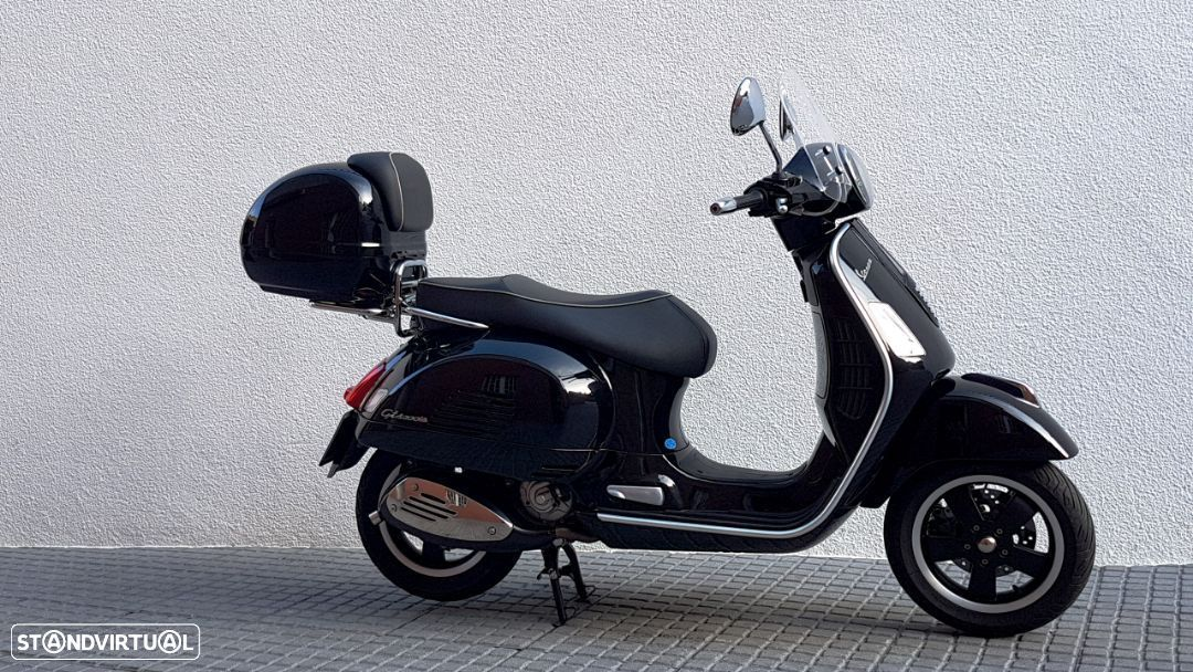Vespa GTS Super 300 ie - 22