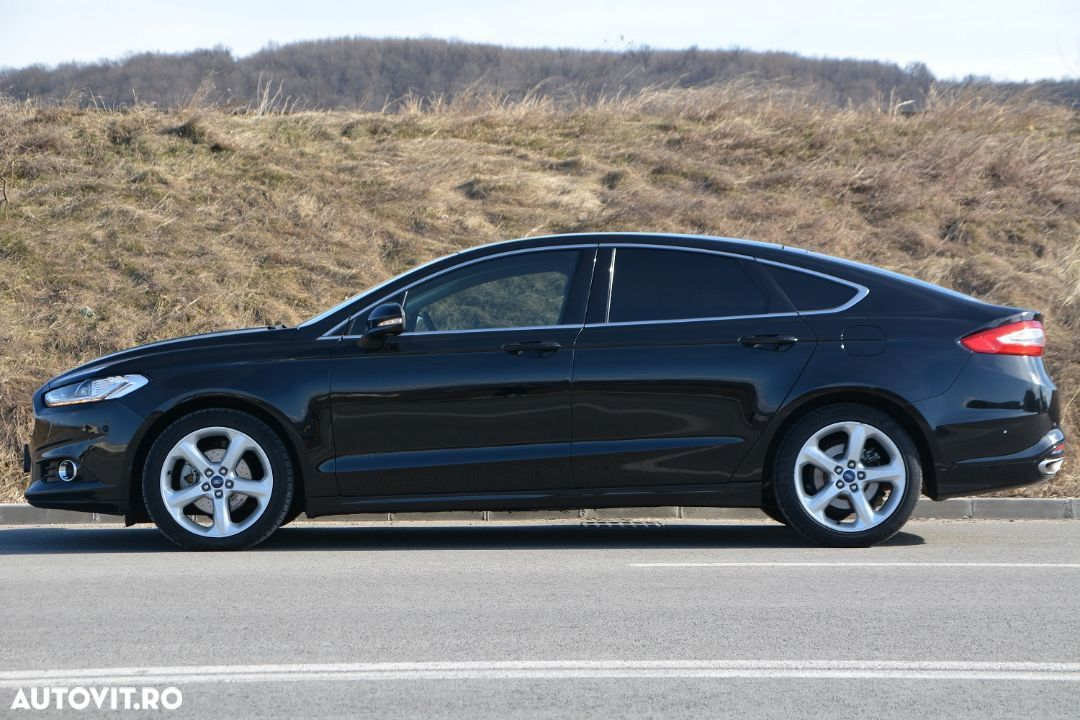 Ford Mondeo - 25