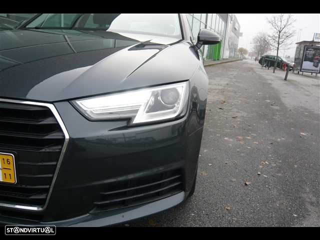 Audi A4 Avant 2.0 TDi Business Line - 6