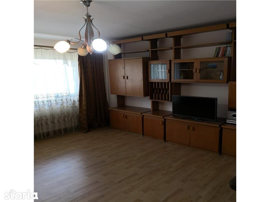 Apartament de vanzare, Argeș (judet), Intrarea Florea Fieraru - Foto 3