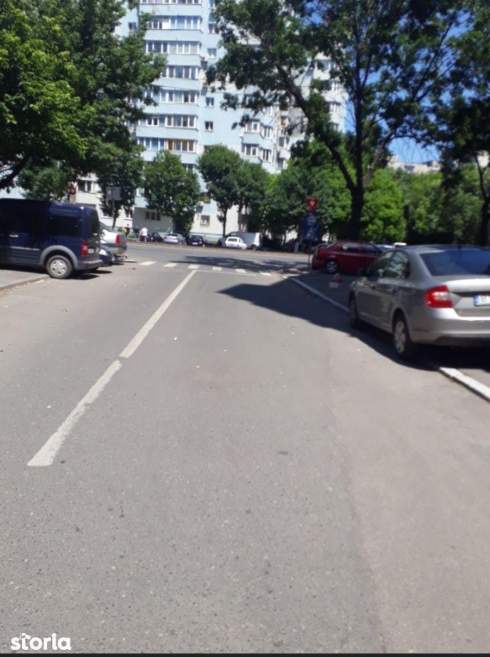 Apartament de vanzare, București (judet), Sectorul 5 - Foto 2