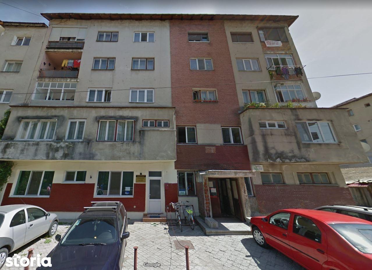Apartament de vanzare, Bistrița-Năsăud (judet), Strada Carpaților - Foto 1