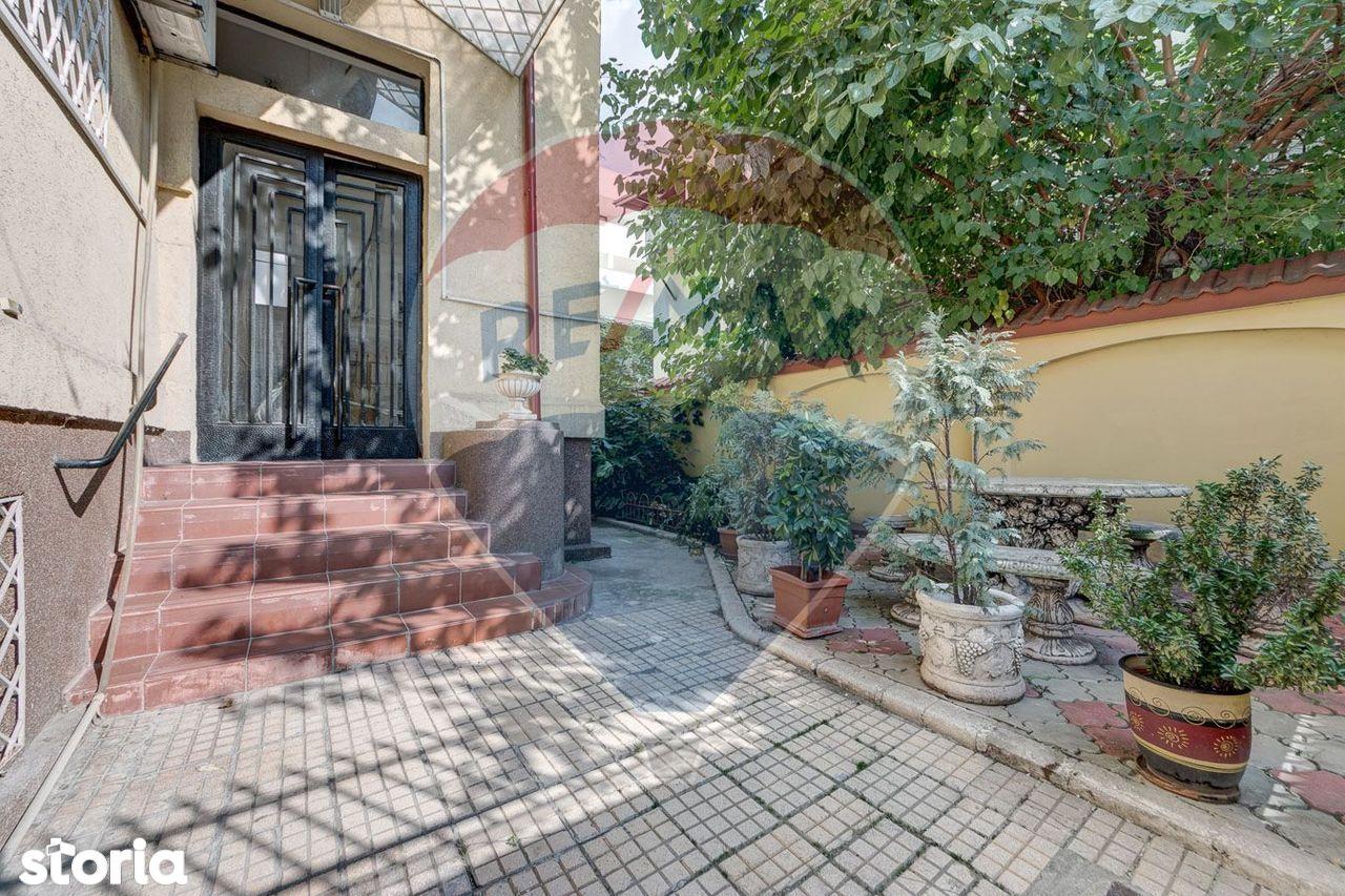 Apartament de vanzare, București (judet), Strada Sfântul Spiridon - Foto 1
