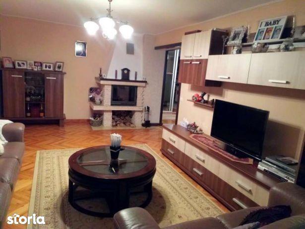 Apartament de vanzare, Bistrița-Năsăud (judet), Strada Albert Berger - Foto 1