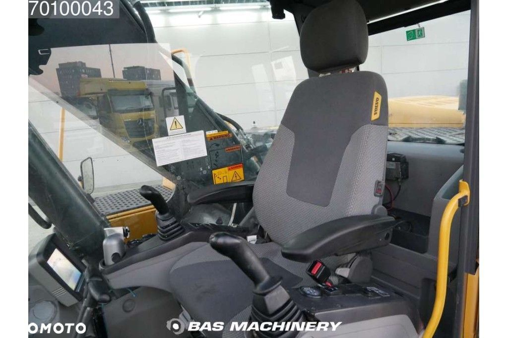 Volvo EC240C NL Nice and clean condition  Volvo Ec240c NL Nice and clean condition - 16