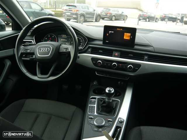 Audi A4 Avant 2.0 TDi Business Line - 10