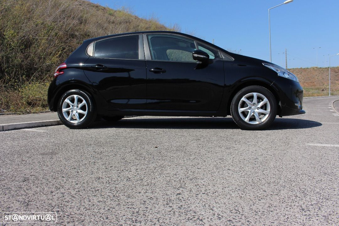 Peugeot 208 1.4 HDi Active - 11