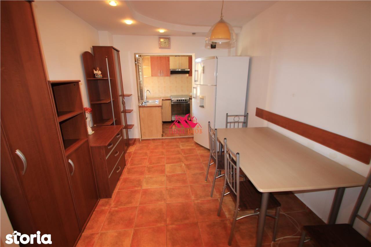Apartament de vanzare, Bacău (judet), Bulevardul Alexandru cel Bun - Foto 1