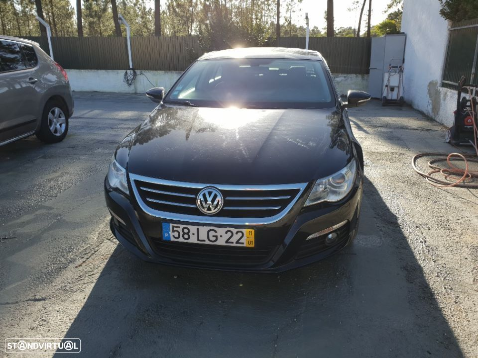 VW Passat CC 2.0 TDI BLUEMOTION DSG - 1