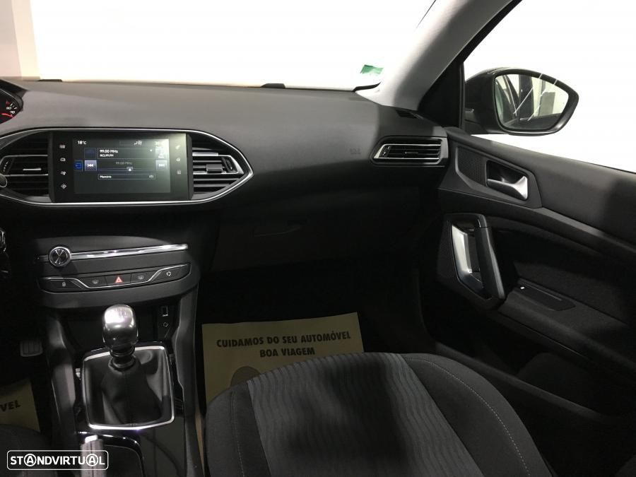 Peugeot 308 SW 1.6 HDI Business Pack GPS 120cv - 32