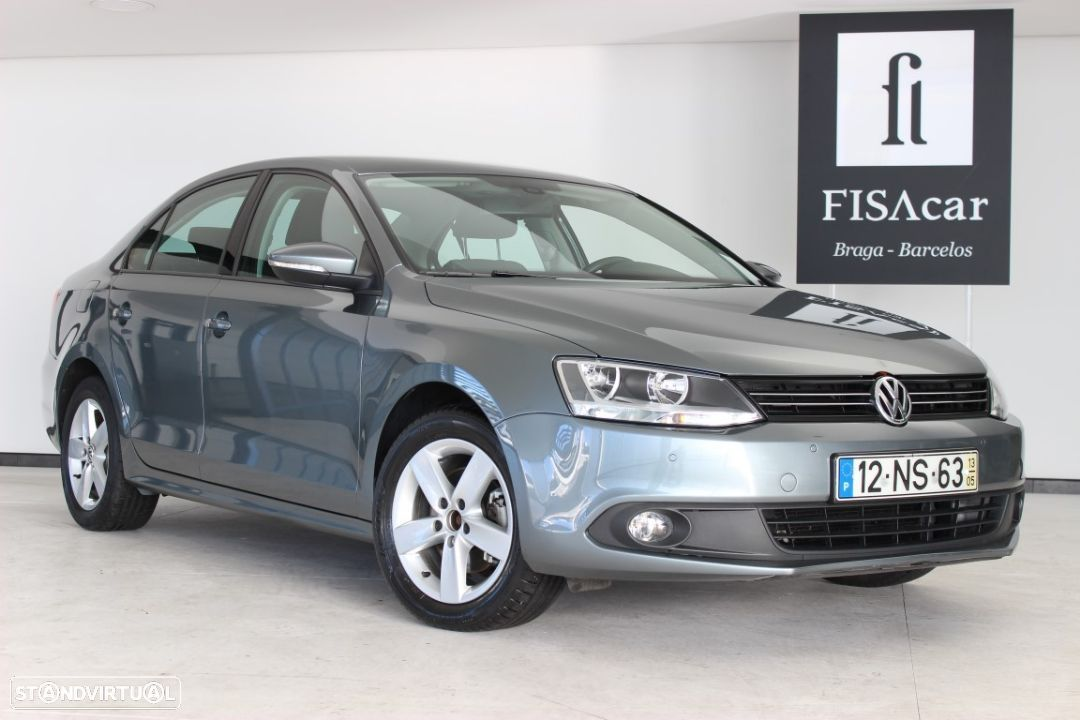 VW Jetta 1.6 TDI Bluemotion ConfortLine - 18