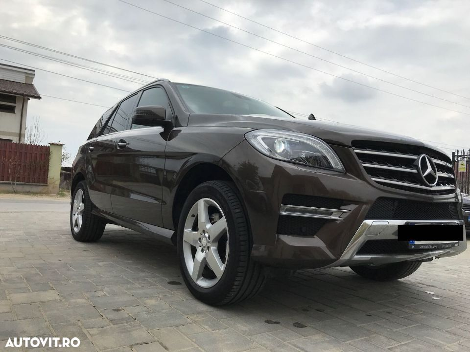Mercedes-Benz M ML - 5