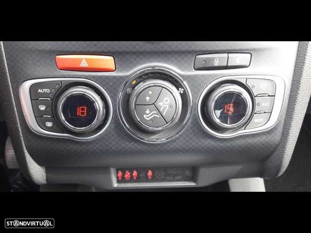 DS DS4 Crossback 1.6 BlueHDi So Chic J18 EAT6 - 17