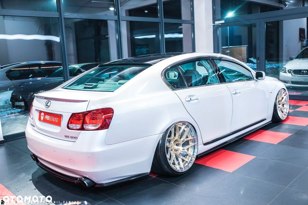 Lexus GS VIP Raceism tuning air stance bagged low JDM Maxton Design 20