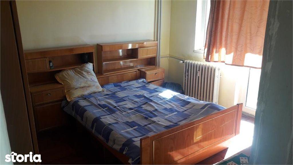 Apartament de vanzare, Argeș (judet), Bulevardul I. C. Brătianu - Foto 9