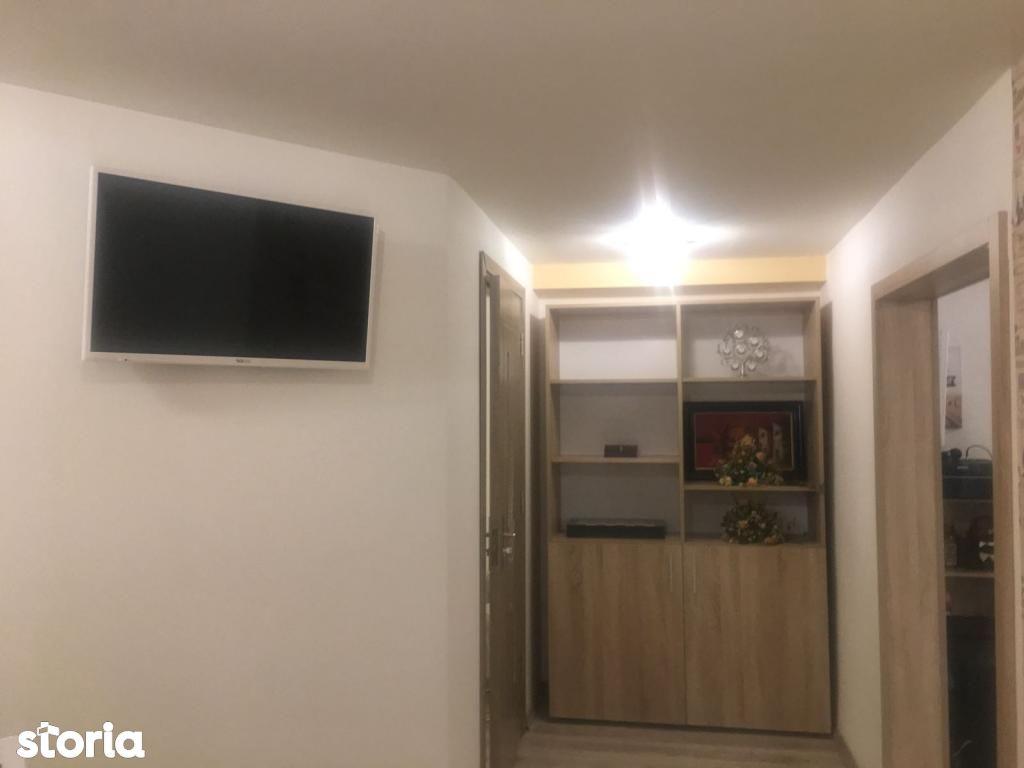 Apartament de vanzare, Arad, 3 Insule - Foto 5