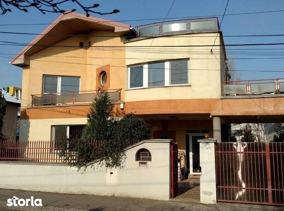 Casa de vanzare, Cluj (judet), Strada Baladei - Foto 1