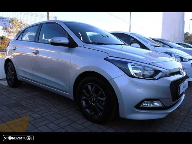 Hyundai i20 1.1 CRDi Access Plus - 1
