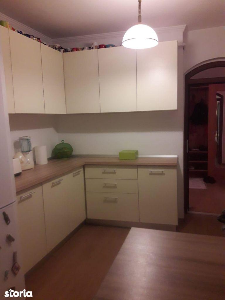 Apartament de vanzare, Mioveni, Arges - Foto 4