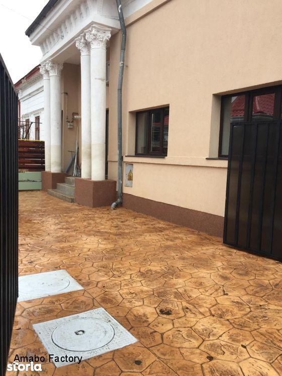 Casa de vanzare, București (judet), Sectorul 4 - Foto 1