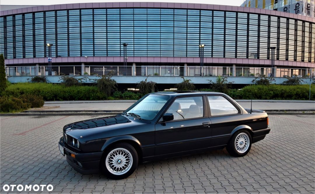BMW Seria 3 BMW e30 IS 100% vin Rarytas - 2