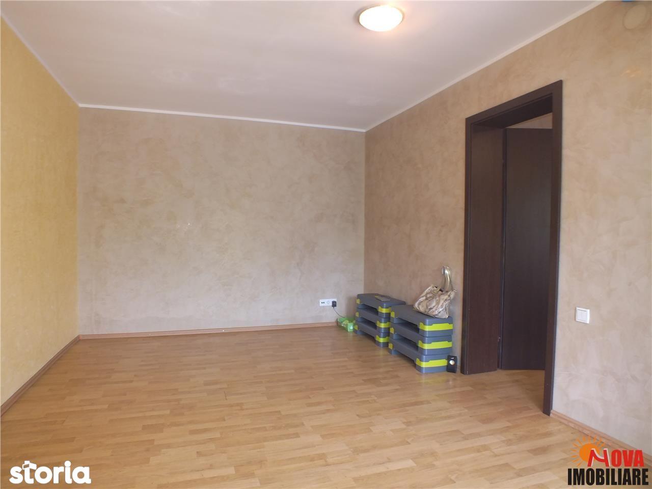 Apartament de inchiriat, Brasov, Centrul Civic - Foto 2