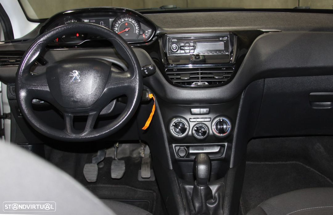 Peugeot 208 1.4HDi Active - 11