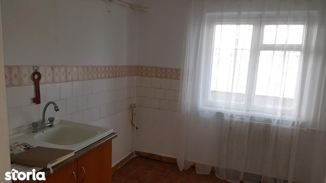 Apartament de vanzare, Dolj (judet), Brazda lui Novac - Foto 5