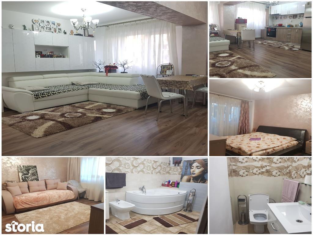 Apartament de vanzare, Argeș (judet), Bulevardul Frații Golești - Foto 1