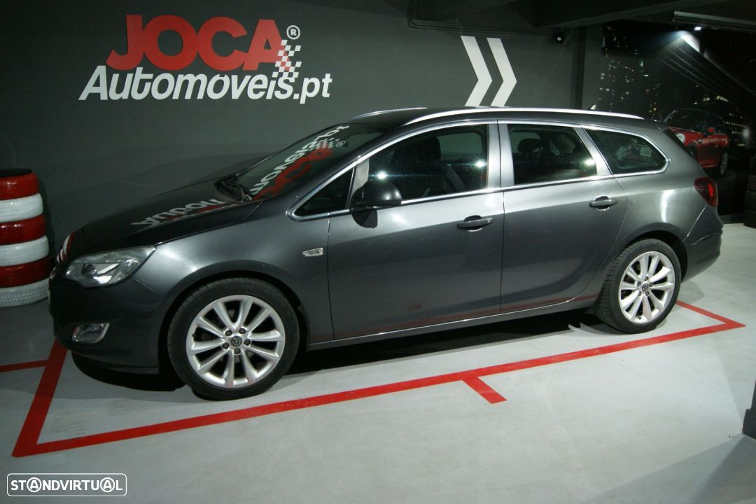 Opel Astra Sports Tourer 1.7 CDTI COSMO GPS - 1