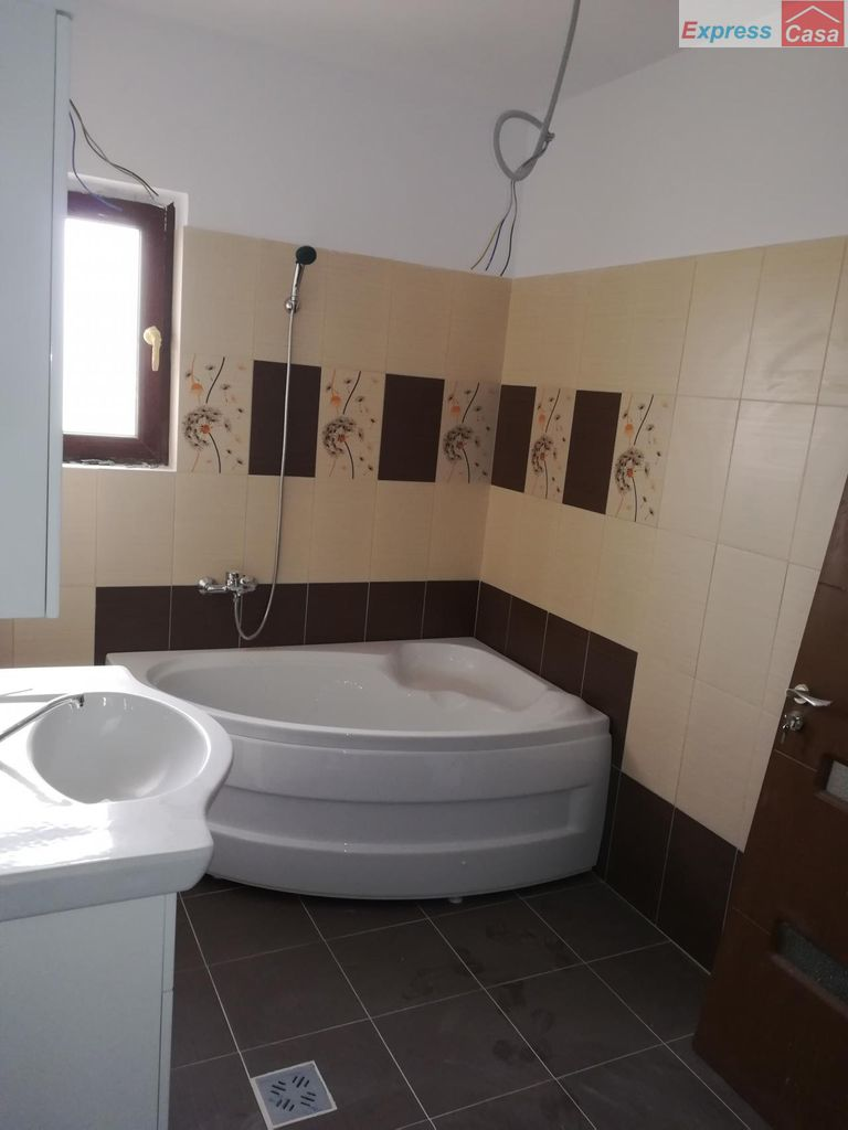 Casa de vanzare, Iași (judet), Valea Lupului - Foto 6