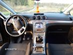 Ford S-Max - 15