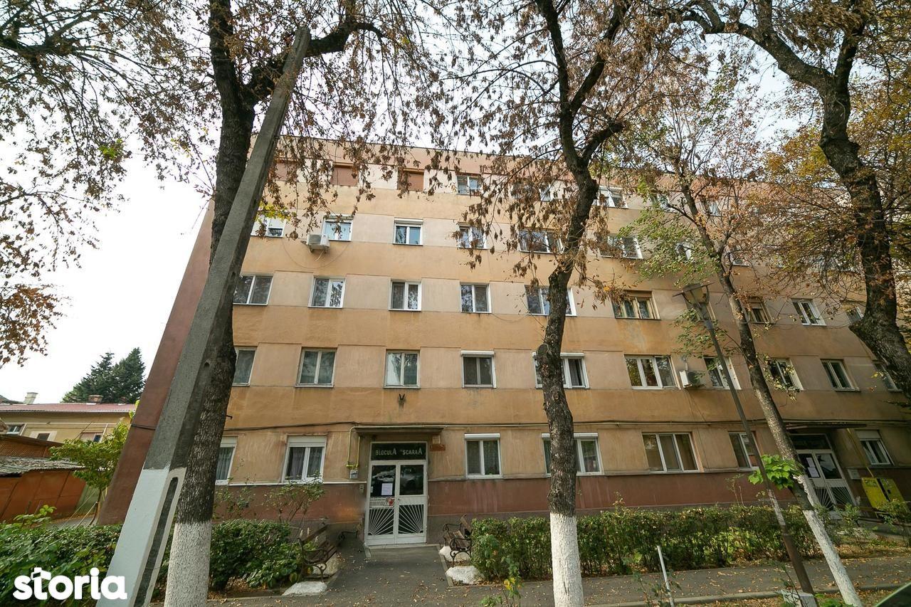 Apartament de vanzare, Arad (judet), Strada Elena Ghiba Birta - Foto 8