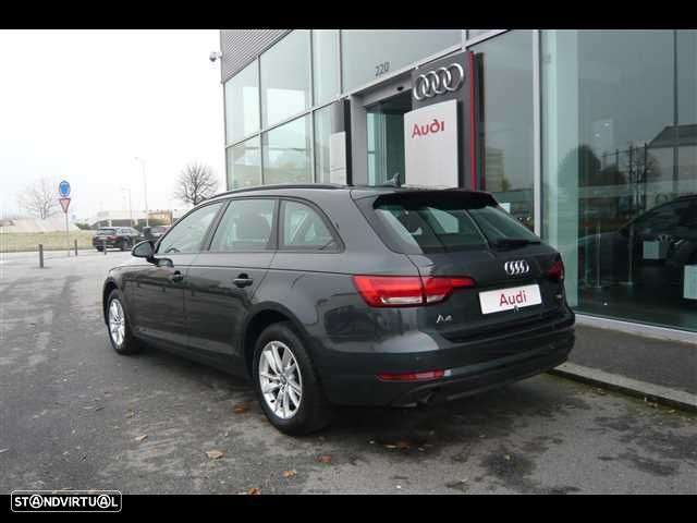 Audi A4 Avant 2.0 TDi Business Line - 4