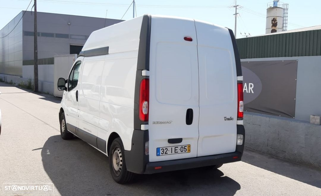 Renault TRAFIC 2.0 DCI - 2