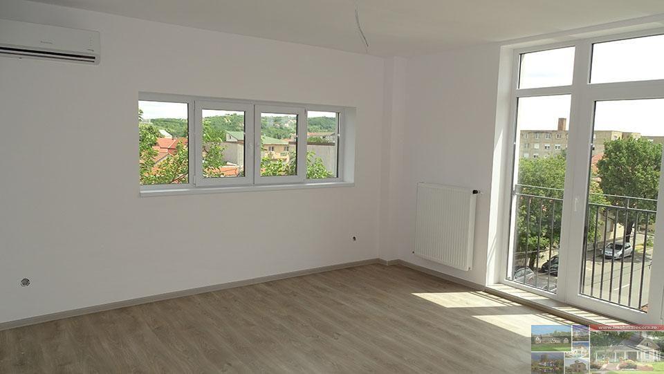 Apartament de vanzare, Bihor (judet), Calea Aradului - Foto 1