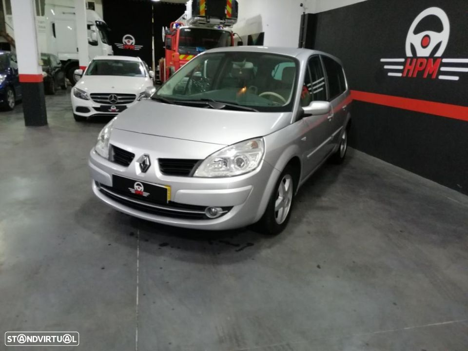 Renault Grand Scénic 1.5 dCi SL Exclusive II - 3
