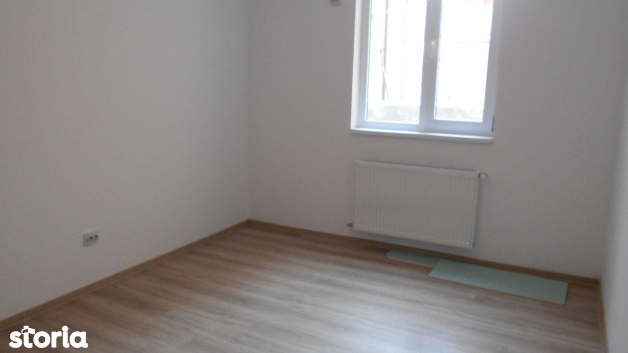 Apartament de vanzare, București (judet), Strada Luica - Foto 2