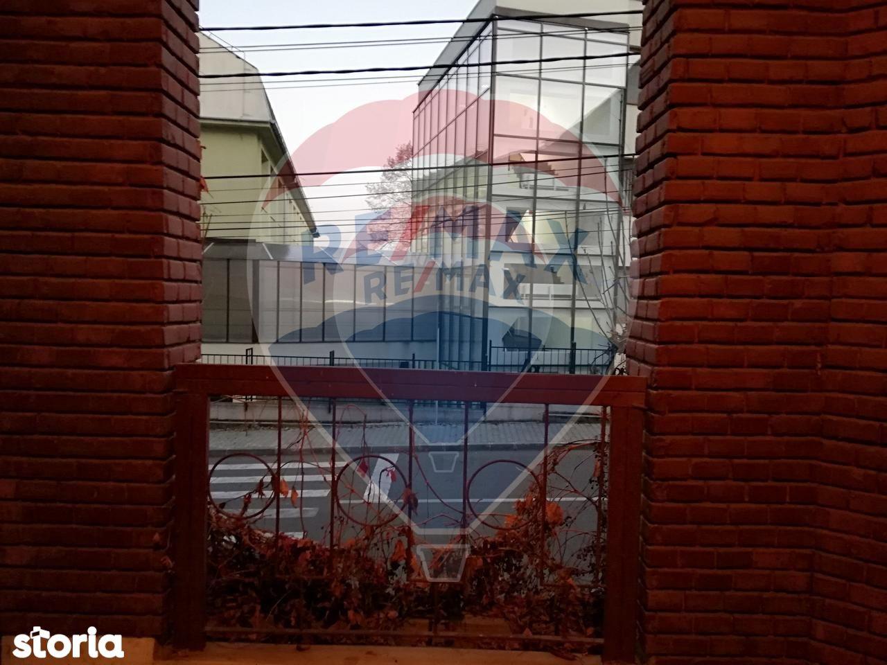 Apartament de vanzare, Cluj (judet), Strada Simion Barnuțiu - Foto 1