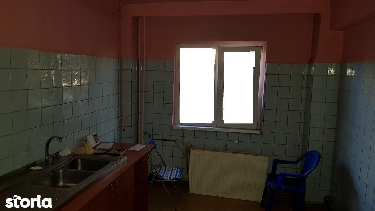 Apartament de vanzare, Prahova (judet), Ienăchiță Văcărescu - Foto 9
