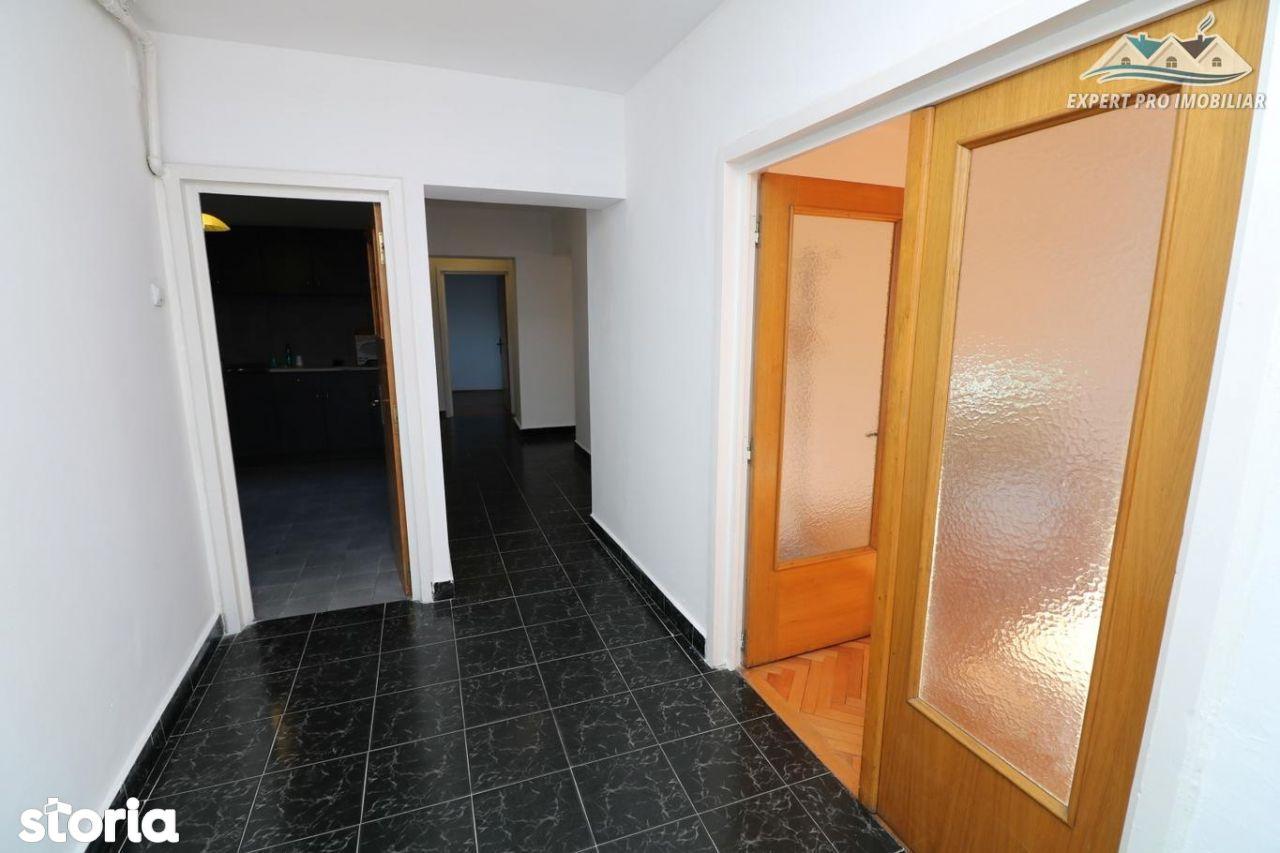 Apartament de inchiriat, București (judet), Piața Alba Iulia - Foto 6