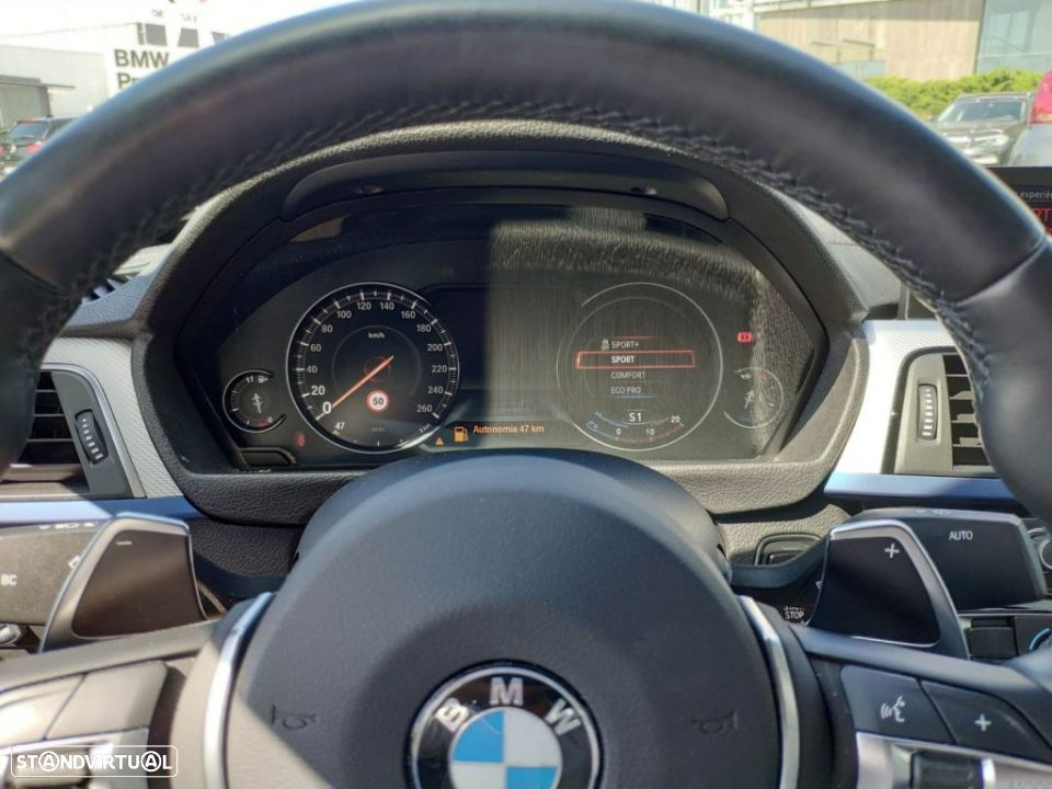 BMW 320 d Auto Pack Shadow - 9