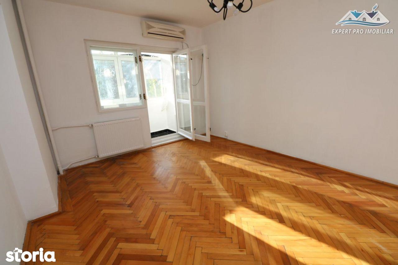 Apartament de inchiriat, București (judet), Piața Alba Iulia - Foto 12